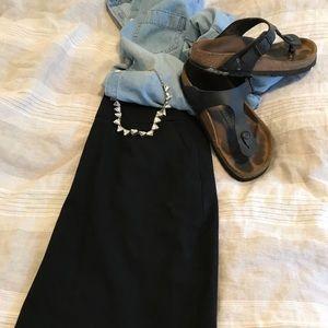 Banana Republic black knee length skirt size 4P